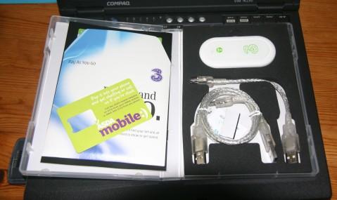 3 USB Modem Huawei E220 `