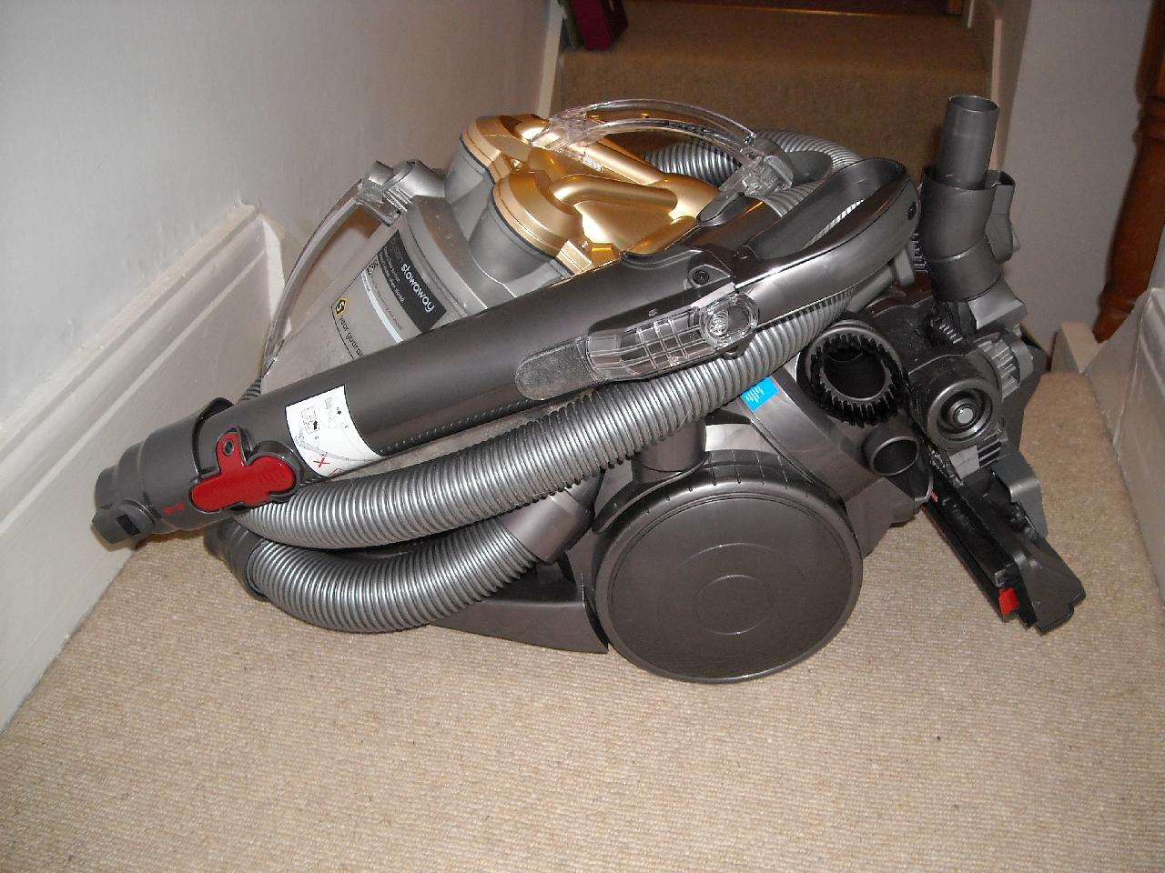 sports shoes e73ec b0f84 I thought my carpets were clean until I purchased a Dyson ...