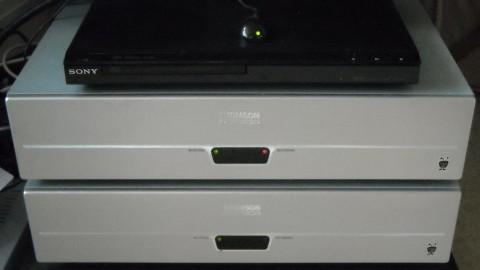 Two Series1 TiVosq