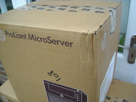 HP ProLiant Microserver N36L (dented box!)