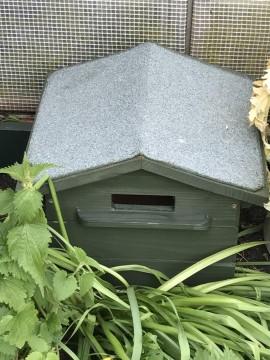 Bumble Bee Hive - Beepol Villa