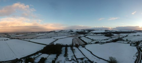 Snowy day looking towards the Yorkshire Wolds